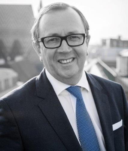 Dr. Klaus BURKA