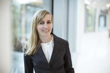 Dr. Carolin SCHMID-GASSER, LL.M.