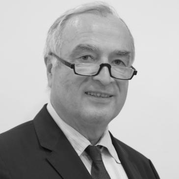 Dr. Georg THUM