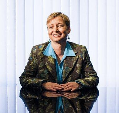 Dr. Ursula PERNFUSS LL.M.