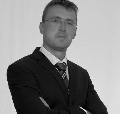 Dr. Marcin Byczyk