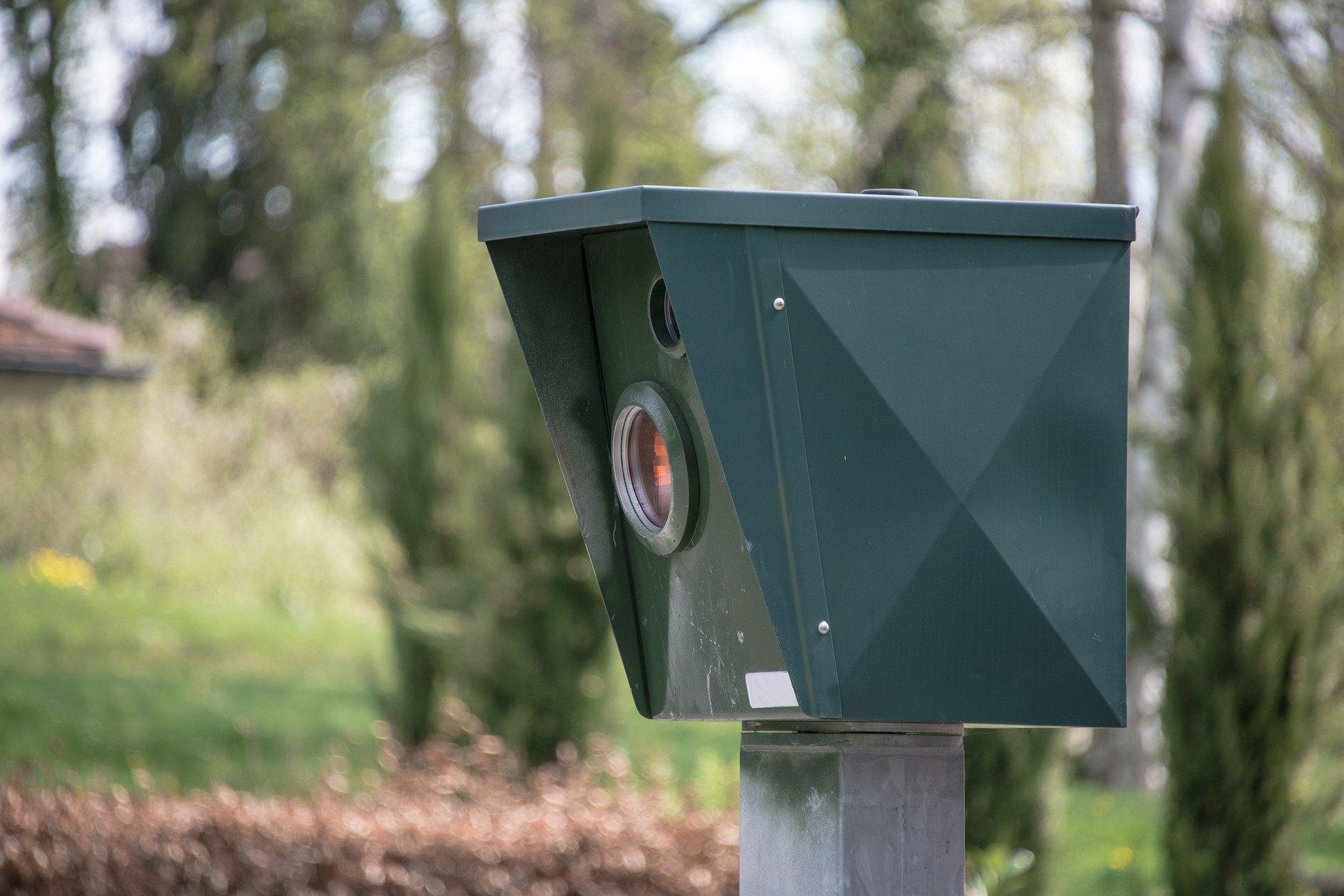 Die Verwendung von Radar- und/oder Laserwarnern im Straßenverkehr möglich oder Straftat?