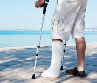 Krank im Urlaub – was Sie als Arbeitnehmer beachten müssen!