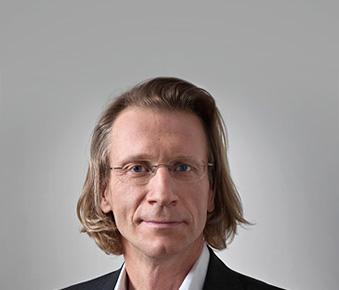 """Dr. Martin Preslmayr im Interview: """"Bei Ehekrisen leidet oft das Unternehmen – dann ist der Anwalt gefragt"""""""