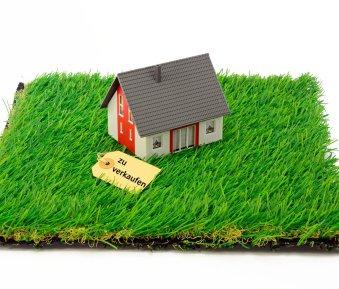 Dienstbarkeiten & Servitute – Vorsicht beim Kauf von Immobilien!